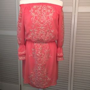 WHBM OFF SHOULDER BOHO DRESS. Coral. Embroidered S